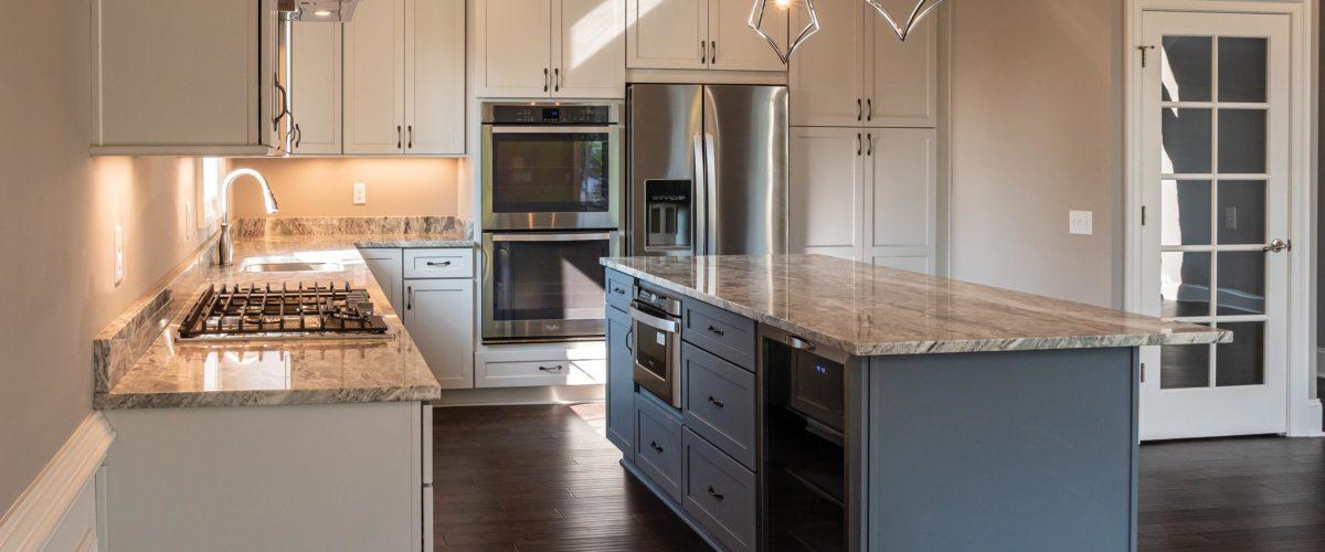 200 Lucca Lane Slider Image of Kitchen