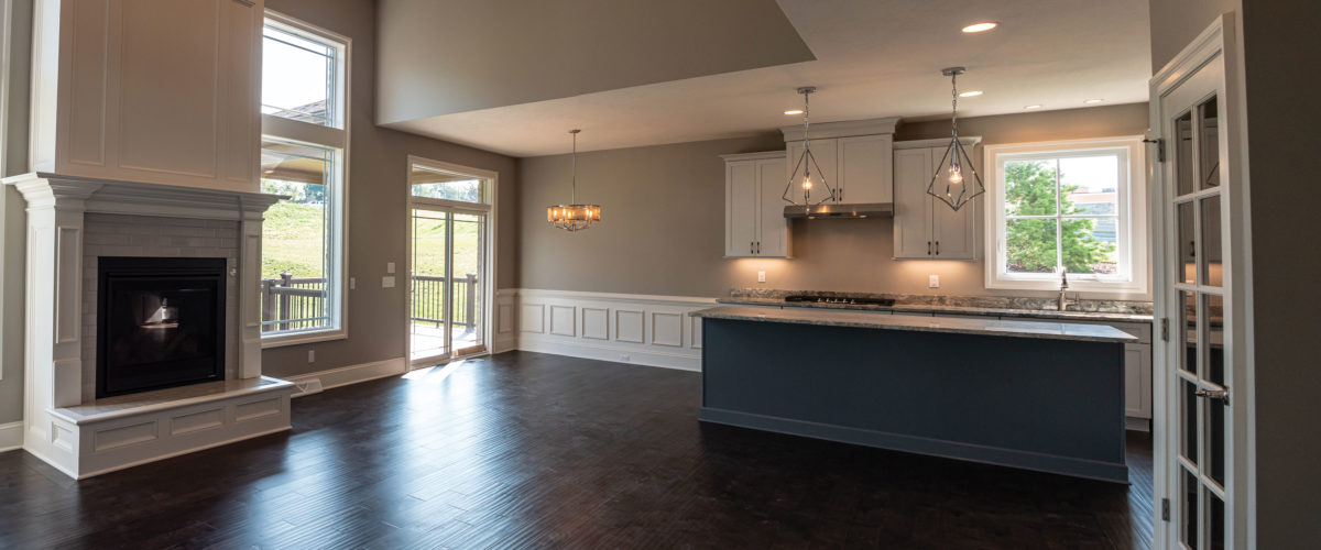 200 Lucca Lane Slider Image of Kitchen and Dining Area