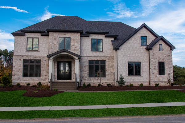 Photo of the exterior of 227 Murrin Ct - Emerald Fields